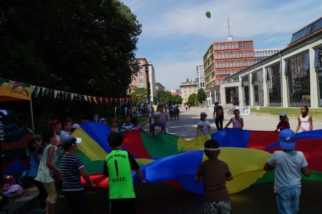 KiKS Festival 2013: Schwungtuchspiele