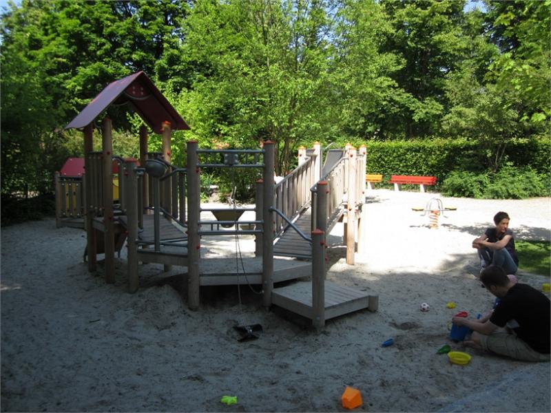 1gelb_boehmerwaldspielplatz_kleinkindbereich