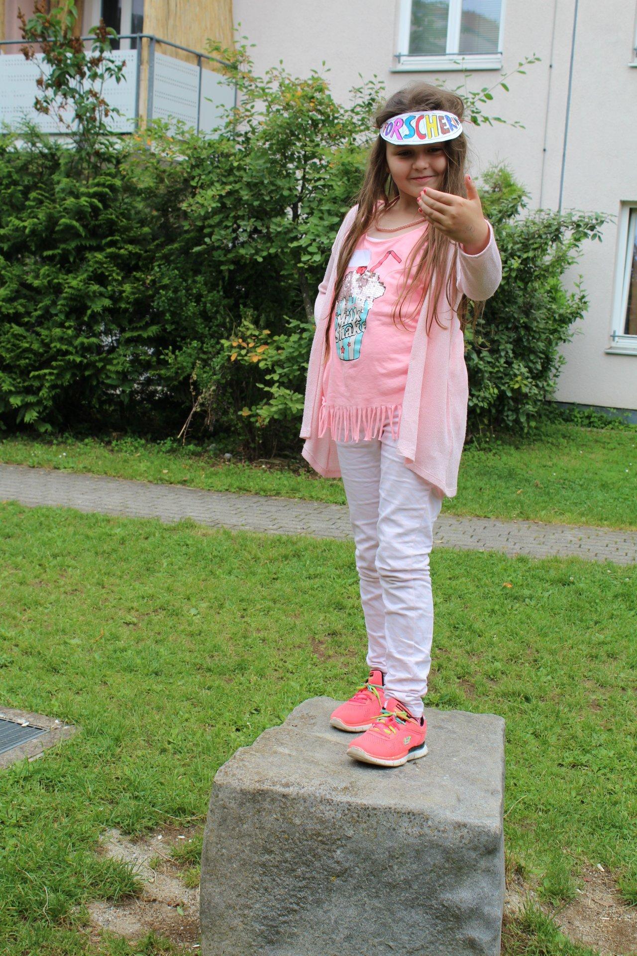 GS_Rotbuchenschule_Statuenspiel_11.06.15_LK.JPG