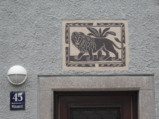 Sgraffiti in der Triester- und Wilramstraße (3)